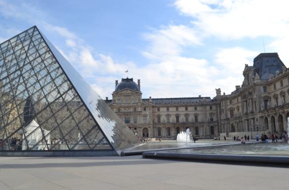 Louvre Museum, Paris, France, paris fashion week